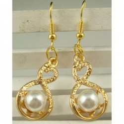 Elegantes pendientes con perla