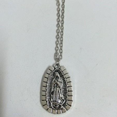 Collar plateado con Virgen María