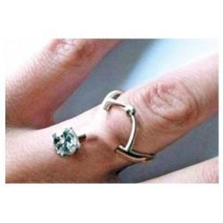 El anillo de bodas es reemplazado por el piercing!!!