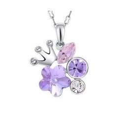 Collar de mujer con corona y piedras púrpura