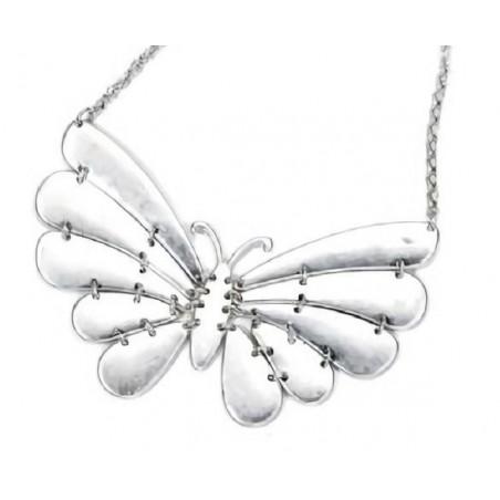 Collar con mariposa bañado en plata para mujer