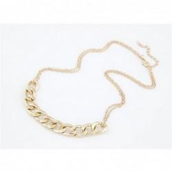 Collar con cadenas doradas para mujer