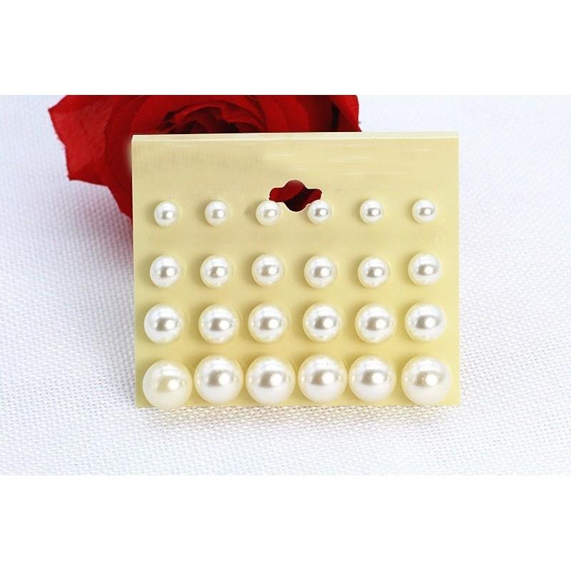 Set de 12 pares de pendientes de perlas