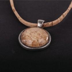 Bisutería en madera o corcho, exótica y original
