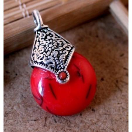 Colgante con piedra simil turquesa roja de 3,5 cm