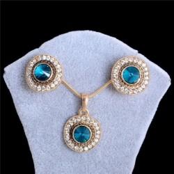 Set de collar y pendientes con piedra azules y blancas
