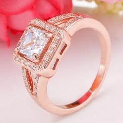 Anillo color oro rosa con piedras cristal - Talla 17