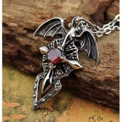 Collar de acero con piedra roja