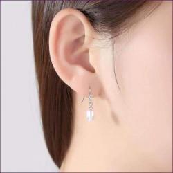 Pendientes colgantes perlas blancas