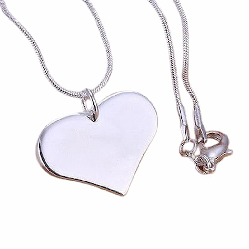 Collar de corazón chapado plata