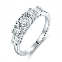 Alianzas de boda con diamantes