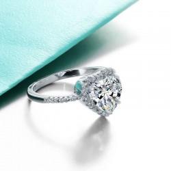Anillos de plata y diamantes