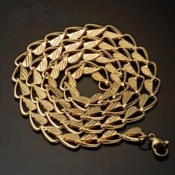 cadena de acero dorado