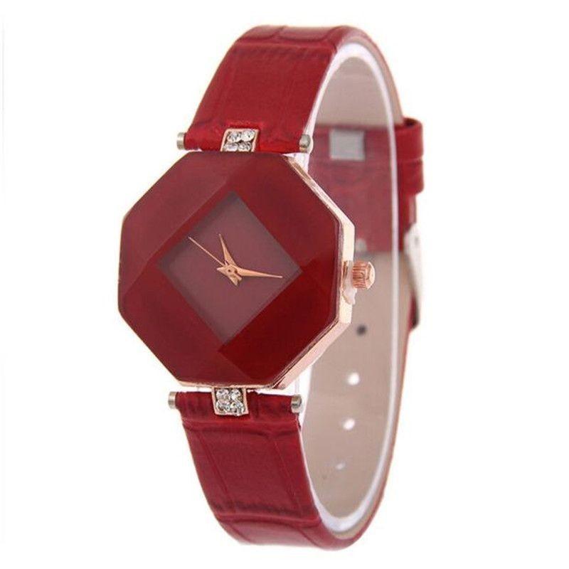 Reloj pulsera para dama de diseño clásico