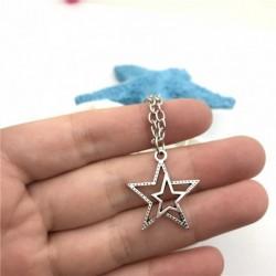 Collar chapado en plata con doble estrella