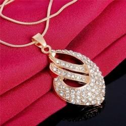 Conjunto bañado en oro de collar y pendientes