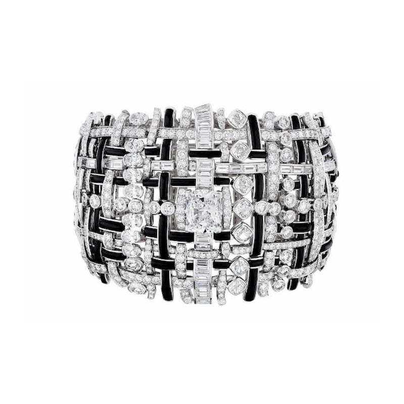 """Nueva colección de joyas """"Tweed de Chanel"""""""