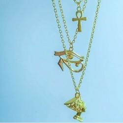 Collar egipcio dorado en capas